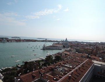 【人生で一度は絶対訪れたい観光地】水の都ヴェネチアへ行こう!車が走らない水上の街で移動手段は船のみ?