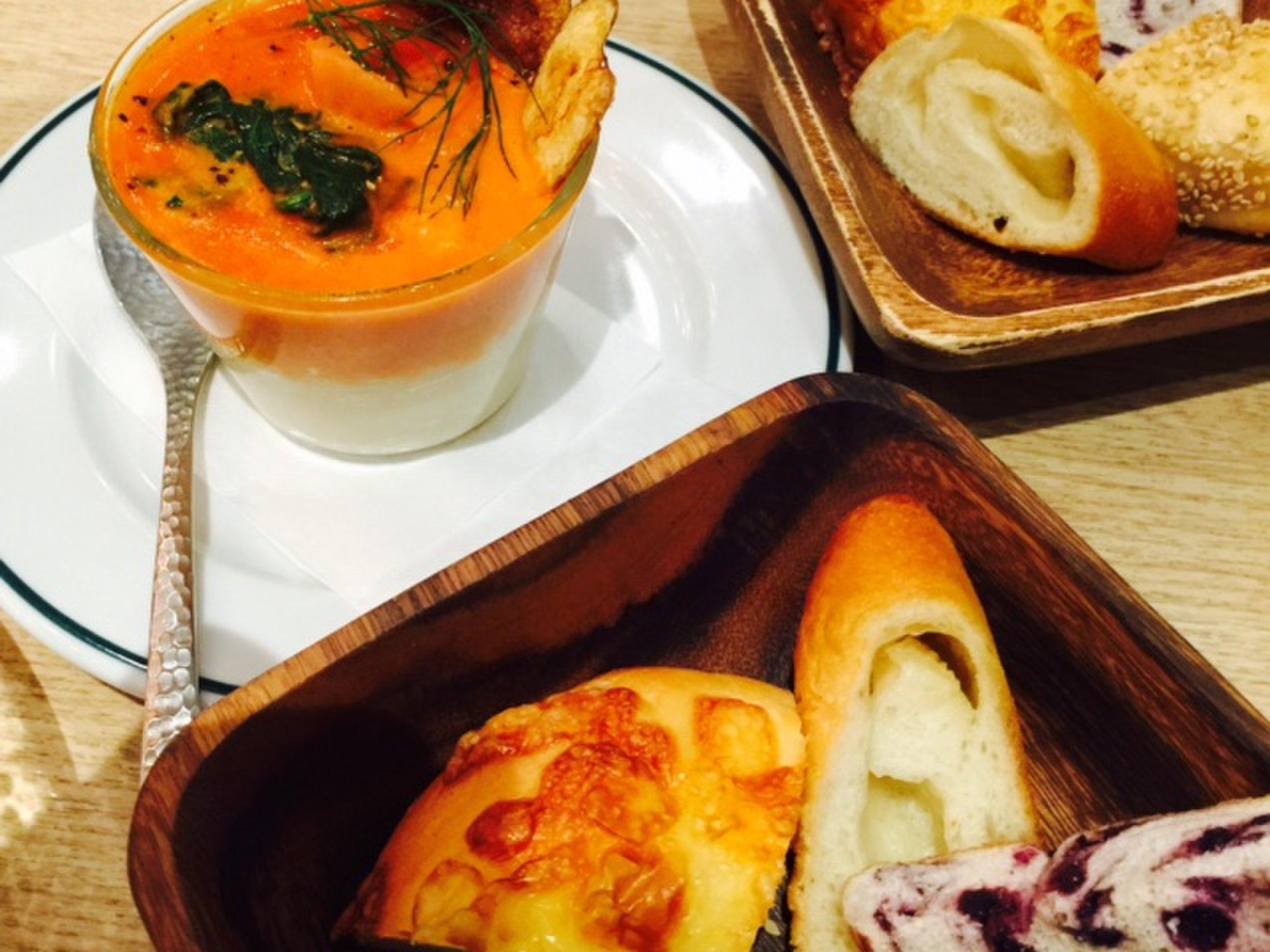 【コクーンシティ さいたま新都】北海道の安心・安全な食材料理が揃うカフェベーカリー