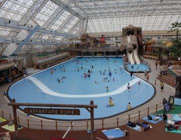 【夏以外、春と秋が意外と穴場】「東京サマーランド」、プールで泳いで、遊園地! 親子におすすめ。