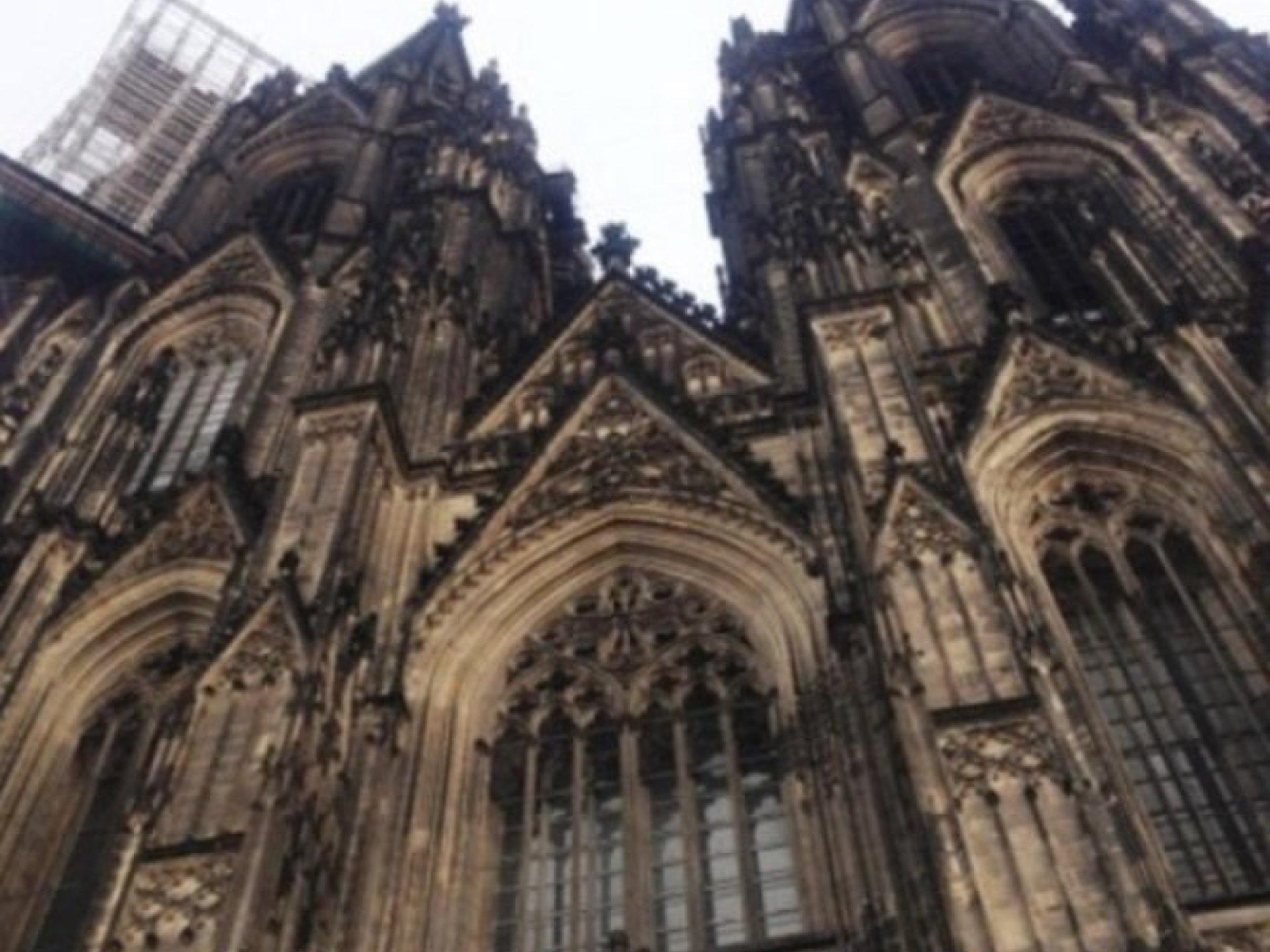 ドイツ・ケルンで女一人旅!おすすめ観光スポットとドイツならではお土産&スイーツも♡