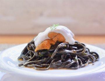 【名古屋市中区】新鮮な生うにがのった「イカ墨を練り込んだ黒いタリオリーニ」が絶品