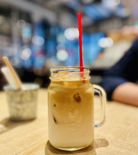リトル デリリウムカフェ ハレザ池袋