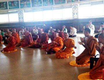 スリランカ旅行☆寺院巡りで気を付けるべきことまとめ。服装・参拝の仕方など