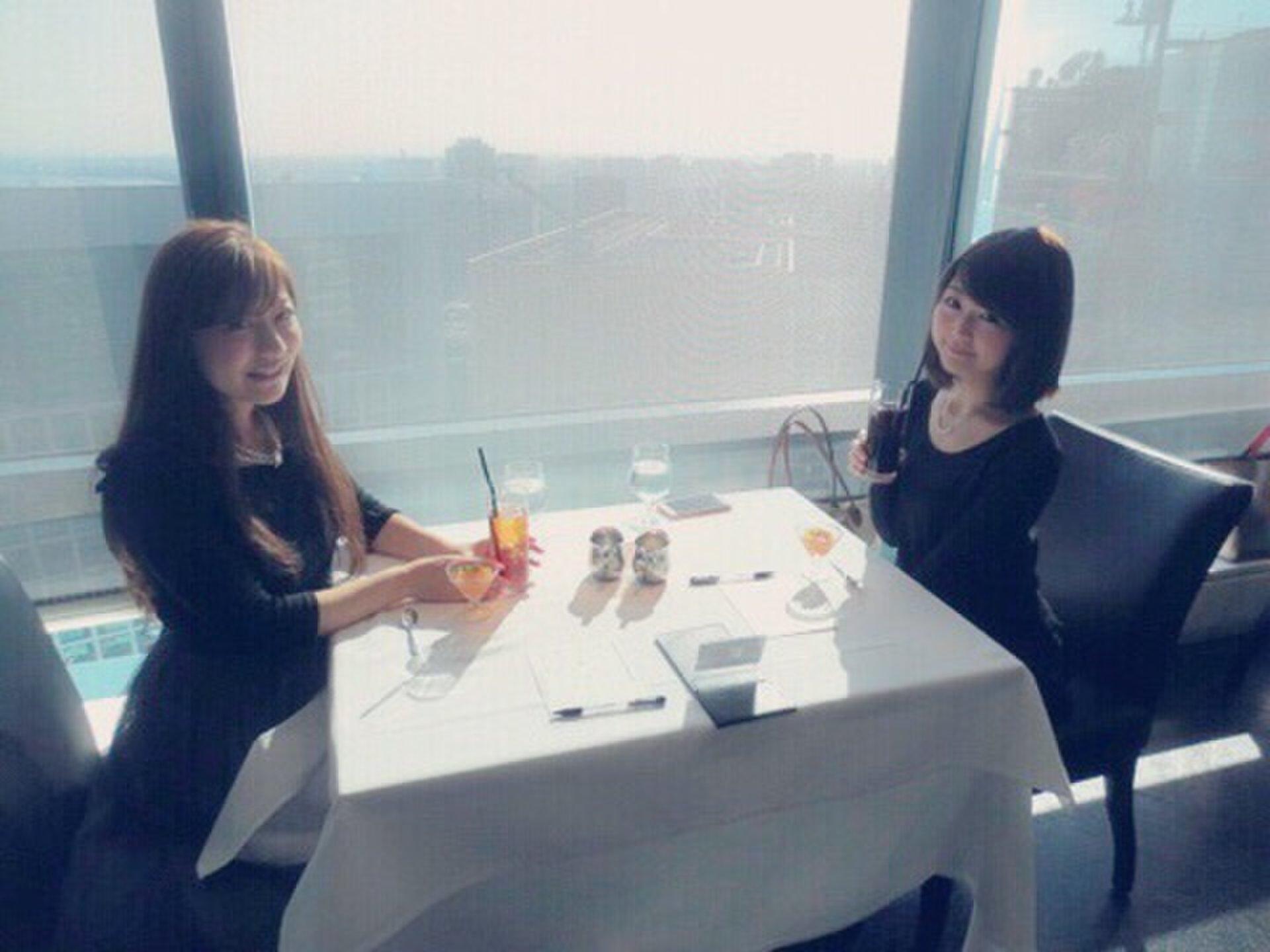 【東京・汐留】女子会におすすめ!絶景でなおかつヘルシーランチが楽しめる、隠れランチスポット♪
