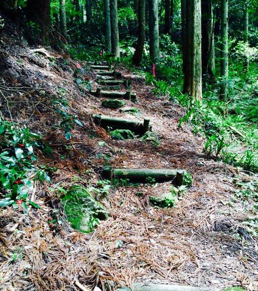 中国自然歩道 「羽衣石城へのみち」