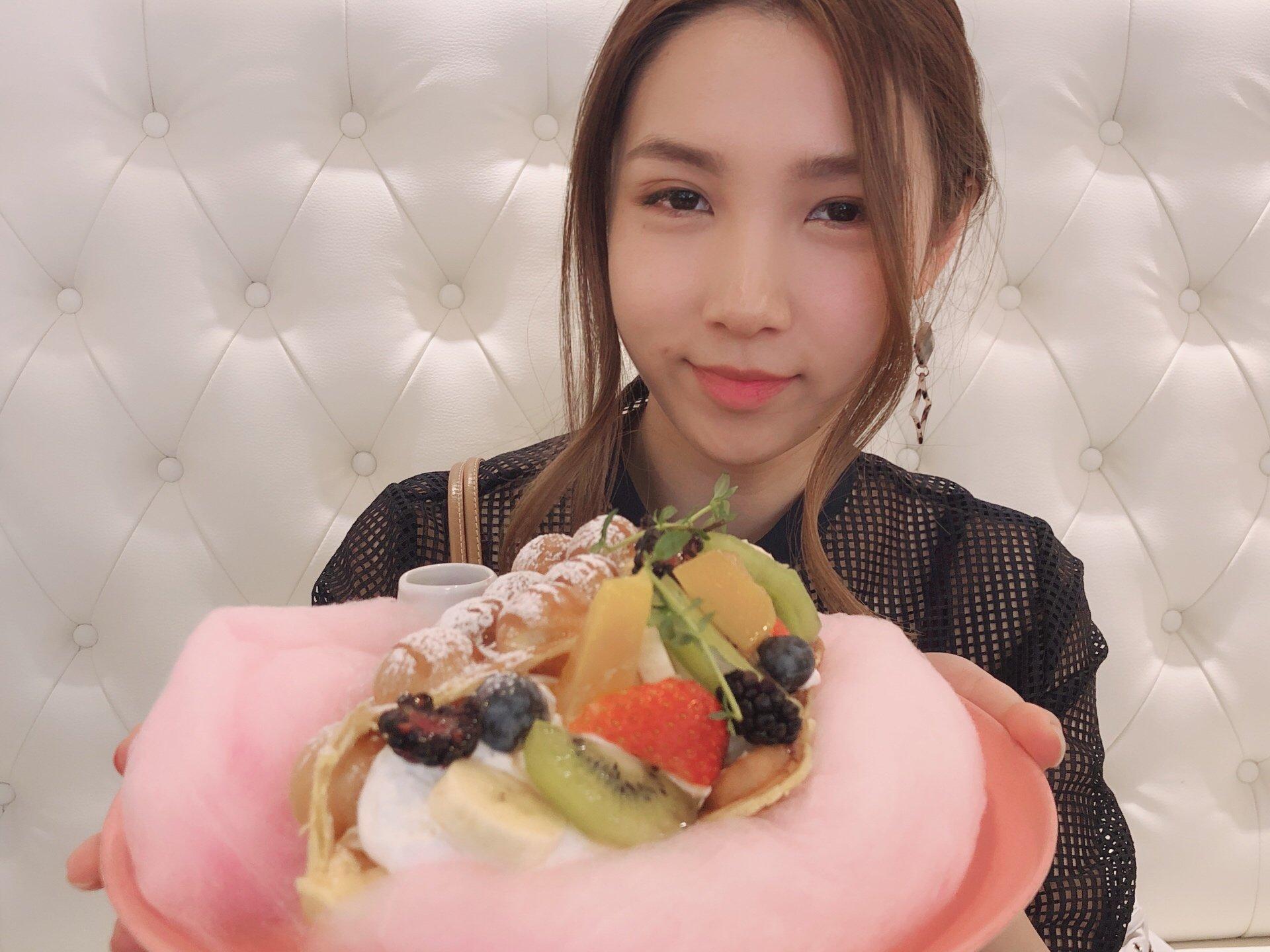 新大久保ゆめかわスイーツ⁉︎韓国アイドル・ジェジュンのカフェ「カフェドケイブ」