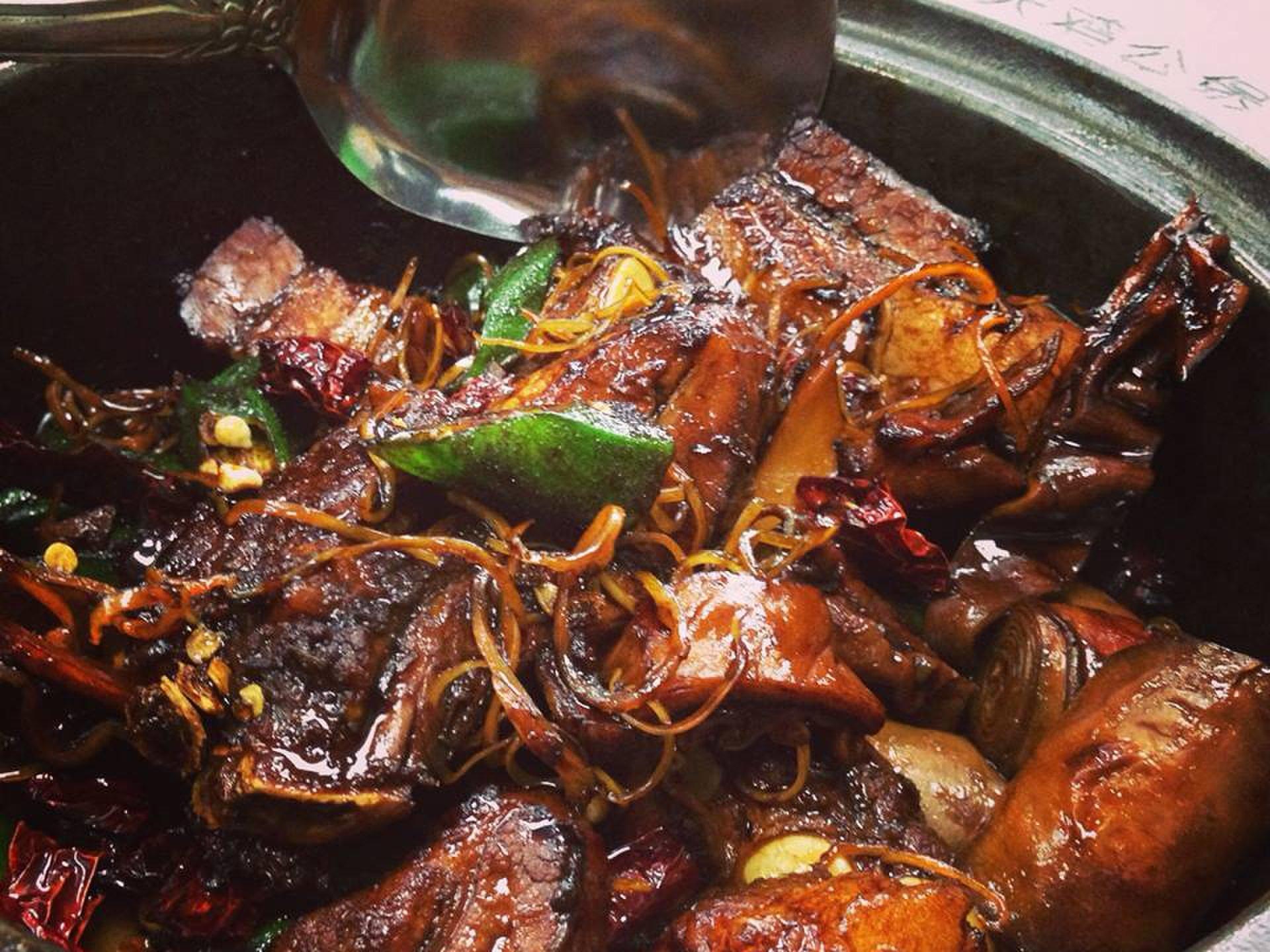 【マレーシア在住が教える】暑い国のスタミナ食!肉骨茶(バクテー)を有名店で食らう