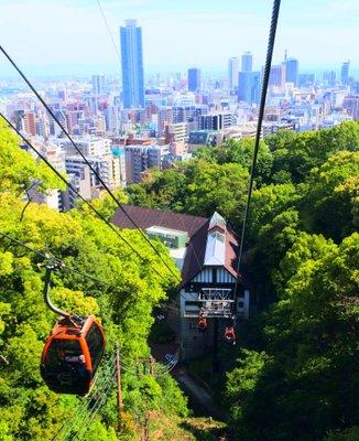 風の丘中間駅(神戸布引ロープウェイ)