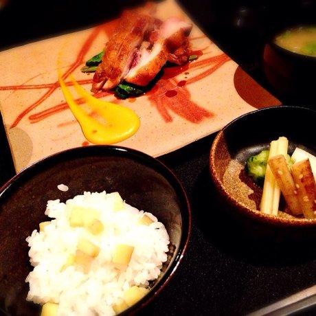 日本料理 楮山