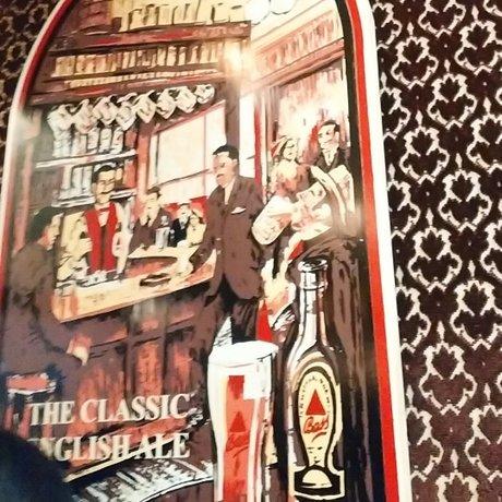 英国パブ シャーロックホームズ
