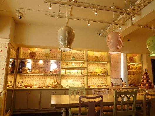 キューポット カフェ 本店